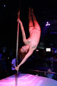 Reagan Reilly, Miss Nude Wisconsin, Pole Dancing