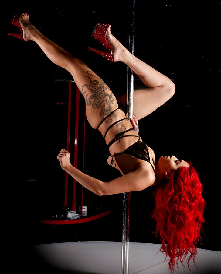 palomino-club-vegas-dancer-red-13